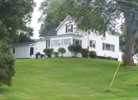 cape-vincent-ny-house-waterfront-cottage-rental-thousand-islands-1