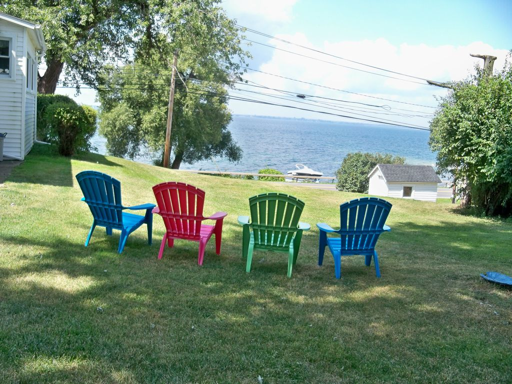 cape-vincent-ny-house-waterfront-cottage-rental-thousand-islands-4